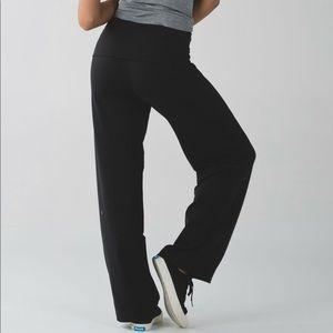 Lululemon stillness pant size 4 black